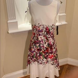 Floral Maggy London Fit and Flare Dress w pockets!